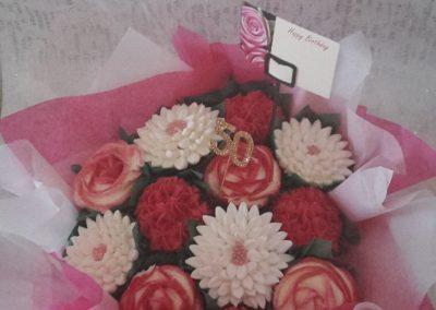 12 Cupcake Birthday Bouquet