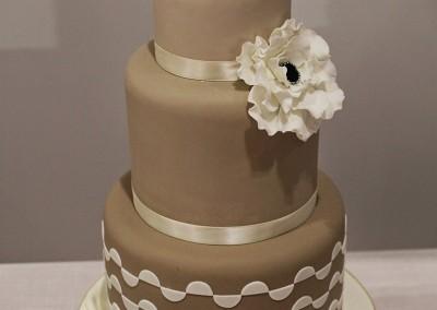 Wedding Cakes - 3 tier round coffee and cream wedding cake
