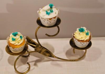 Wedding Cakes - Jade and White Wedding Cupcakes