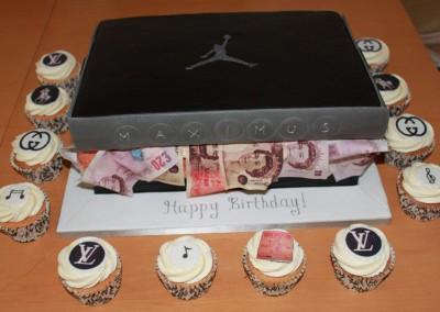 Nike Jordan's trainer box cake