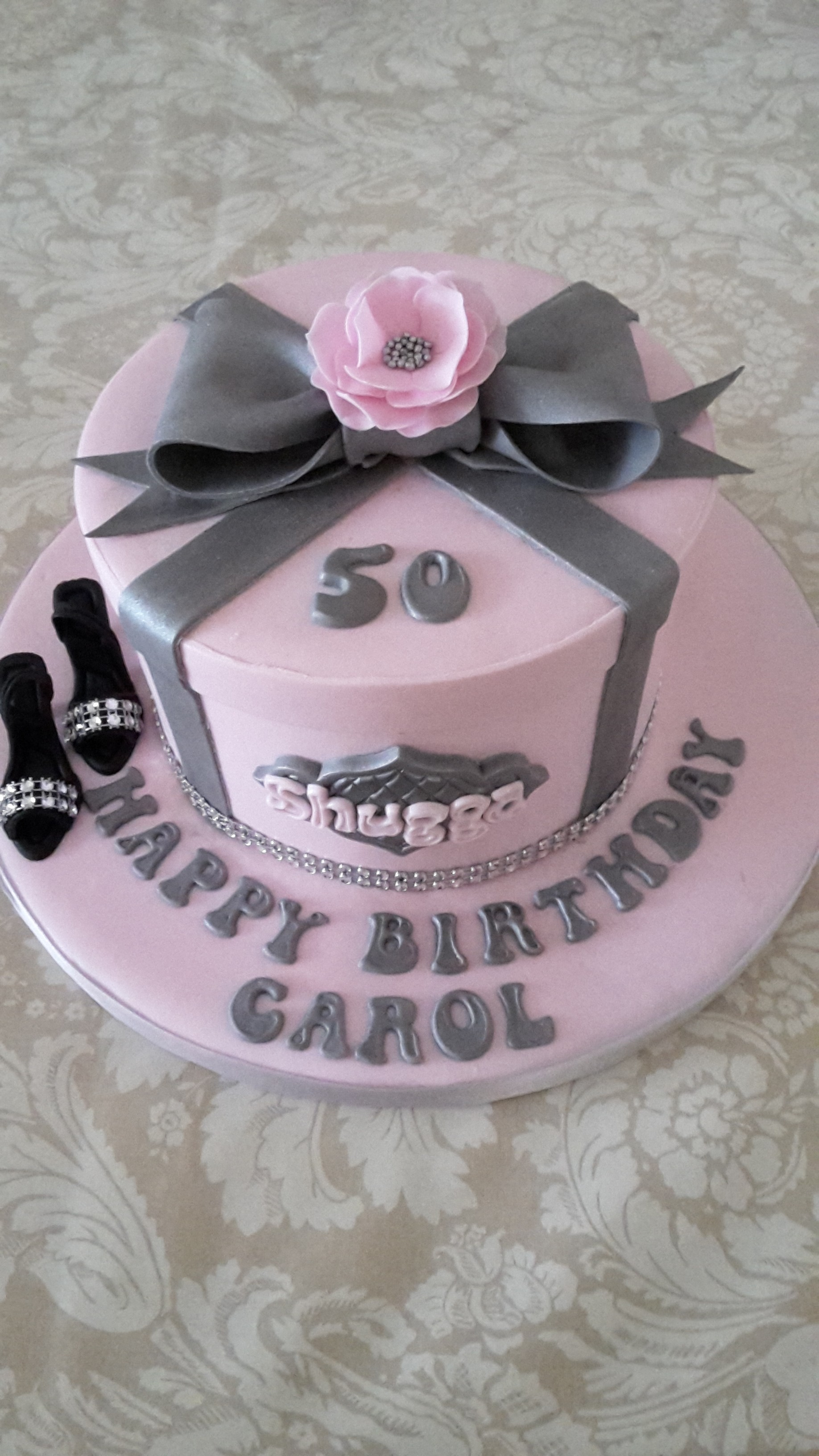 Elegant gift box cake celebration cakes pink and silver elegant gift box cake with bow negle Image collections