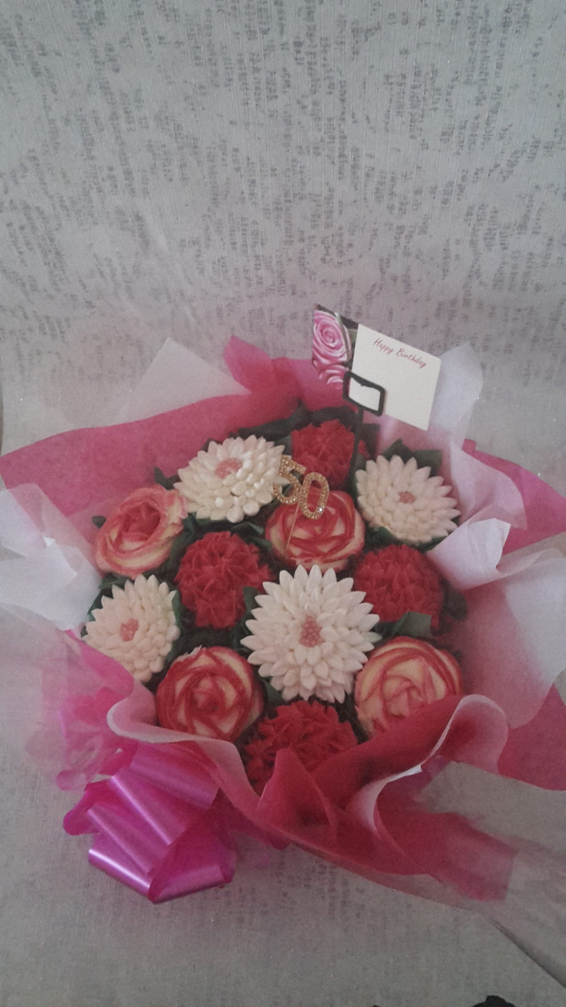 12 Cupcake Birthday Bouquet