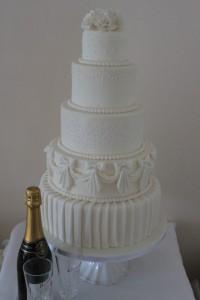 5 Tier White Vintage Wedding Cake