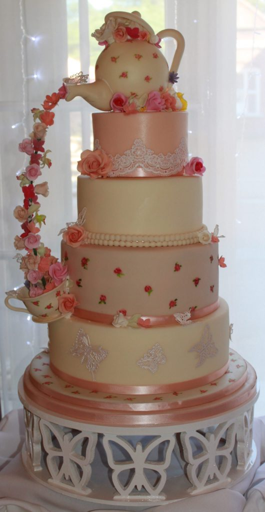wedding cakes in north london wedding cakes 4 tier pouring teapot wedding cake with 24719
