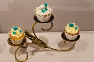 Jade and White Cupcakes