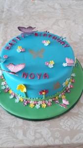 Pretty garden cake.