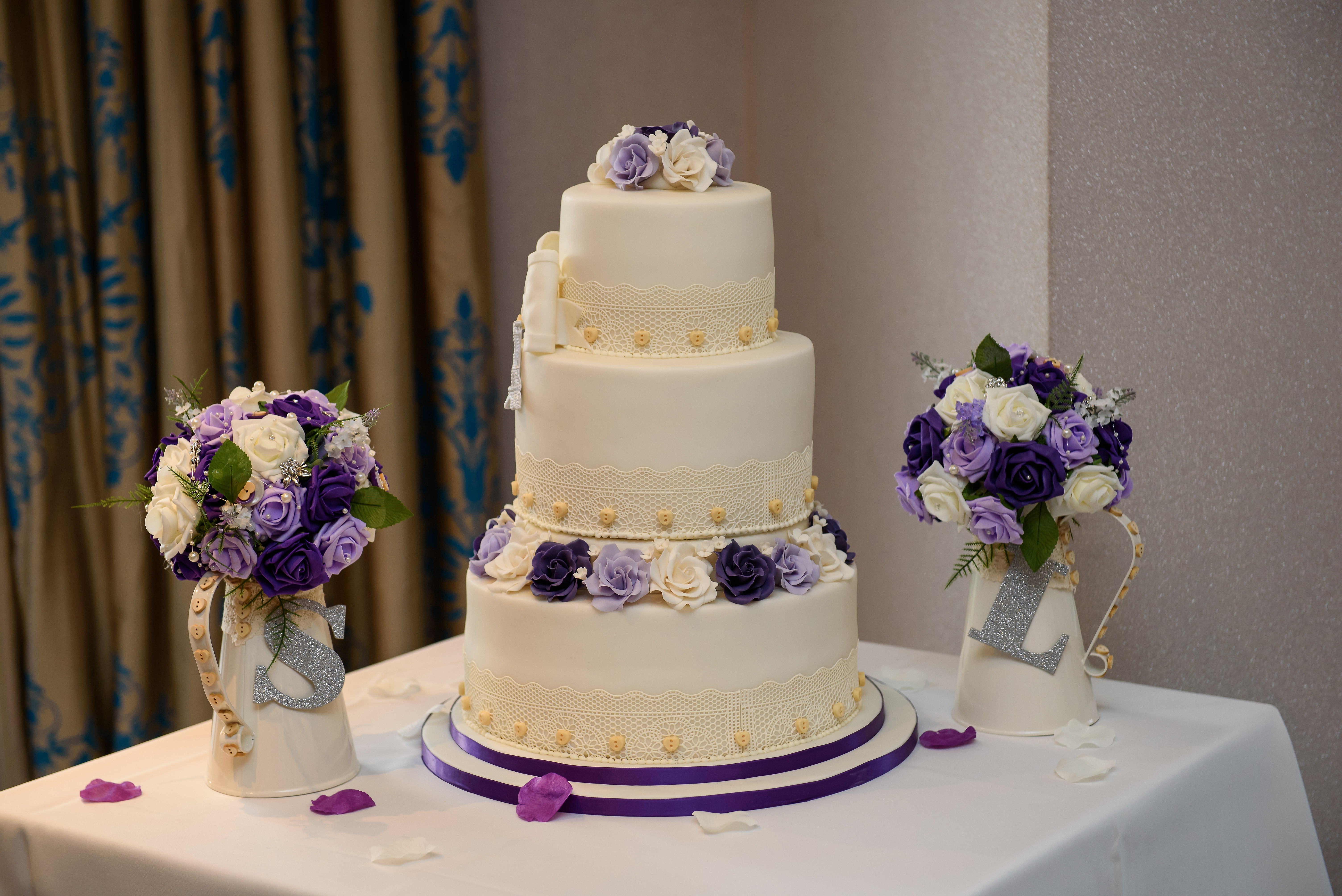 Wedding Cakes Enfield, Wedding Cakes North London