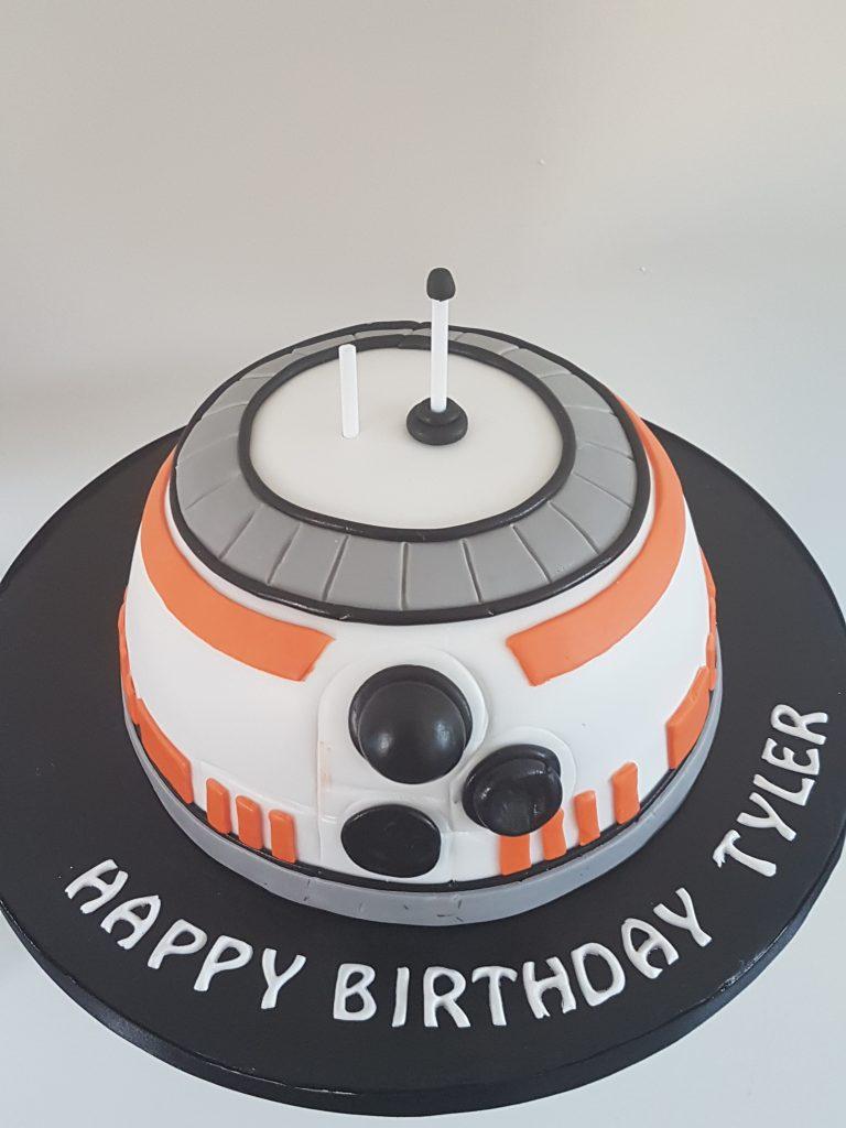 BB 8 smaller bespoke cake