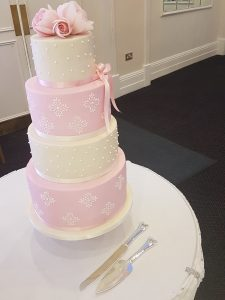 Damask and rose wedding cake Enfield