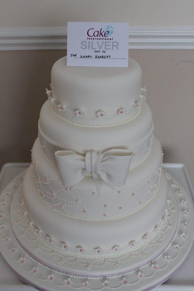 Cake International Silver