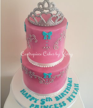Princess tiara 2 tier cake with piping